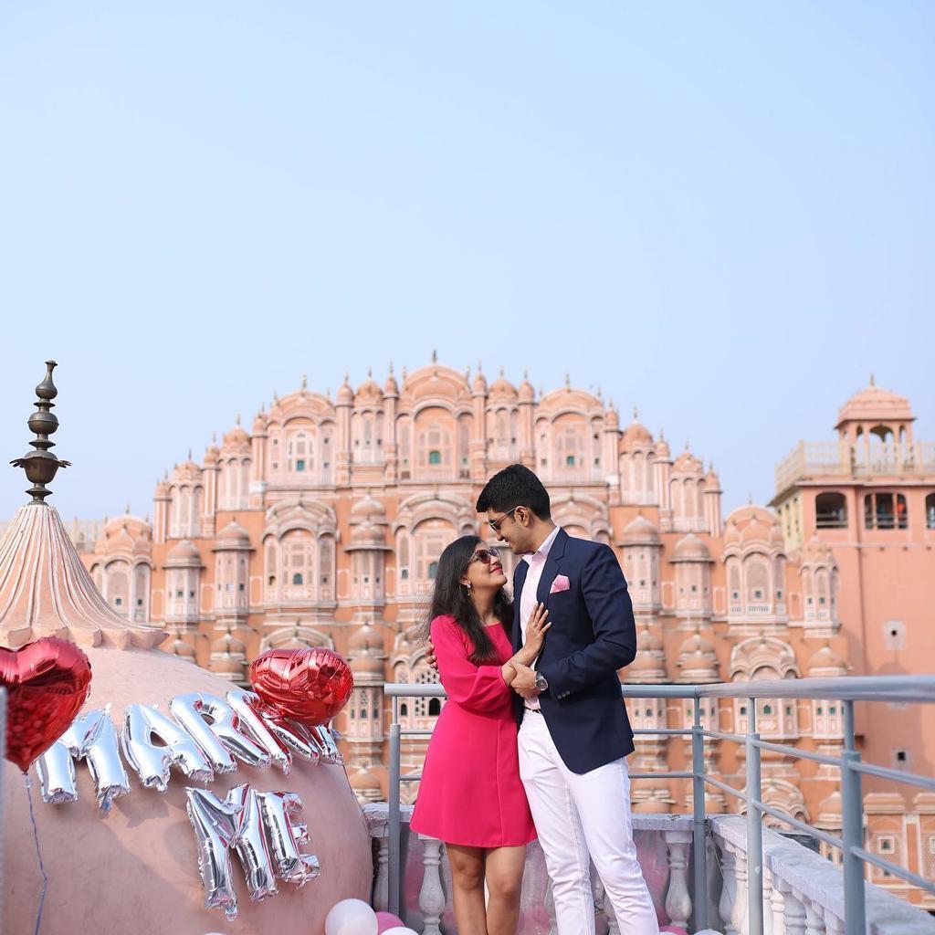 Marriage Proposal Ideas at Hawa Mahal Jaipur